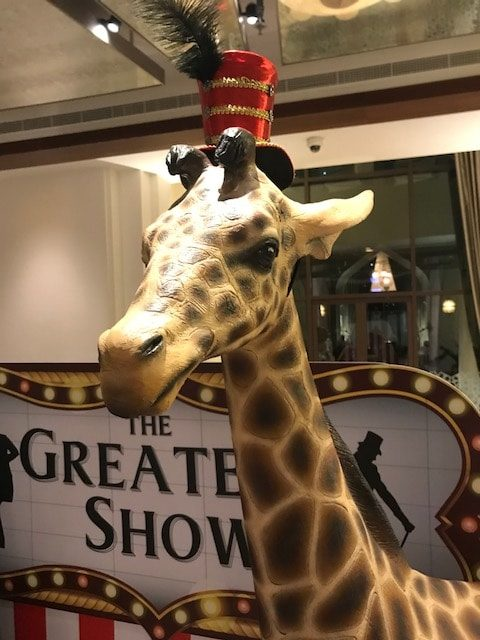 Hollywood Giraffe Circus Props Event